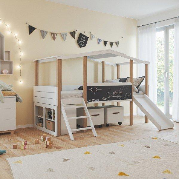 Kinderzimmer Cory mit Hausbett, Kommode, Schrank , Unterstellregal und Spielzeugkisten