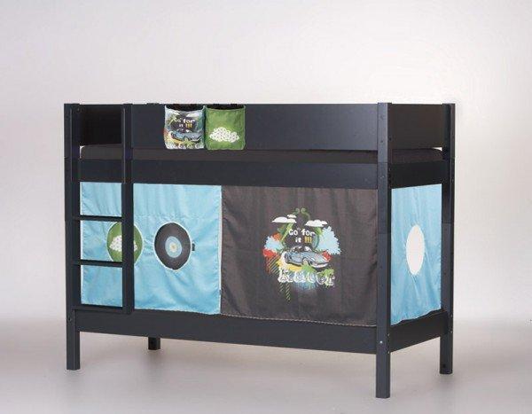 Manis-h Etagenbett Frigg in anthrazit, Beispiel mit Spielvorhang (Textilien und Matratze sind extra Zubehör)