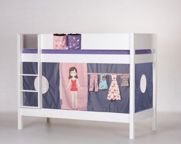 Manis-h Etagenbett Frigg in weiß, Beispiel mit Textilien Puppe (extra Zubehör)
