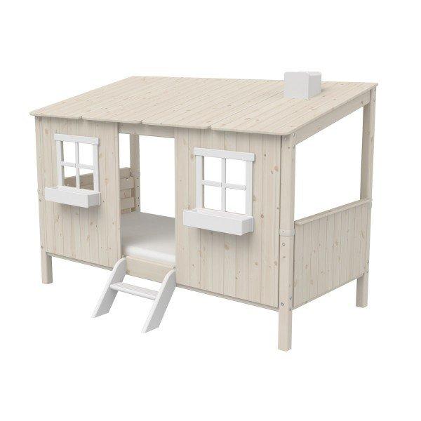 Basisbett mit Hüttenaufsatz und Leiter