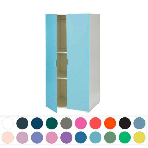 Manis-h Kinderkleiderschrank in einer lustigen Farbkombination, hier am Beispiel mit Türen in mint