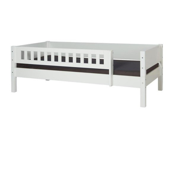 Beispiel an einem 200 cm Bett.