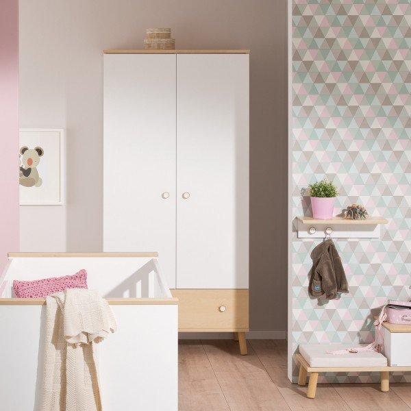 Paidi Ylvie zweitüriger Kleiderschrank mit Schublade. Sie können die Schublade auch in Birke-Nachbildung wählen.