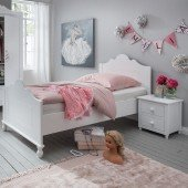 Klaudia Bett mit oder ohne Bettschubkasten in weiß