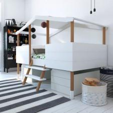Hüttenbett Noah, die Stauraumschubladen können zusätzlich bestellt werden.
